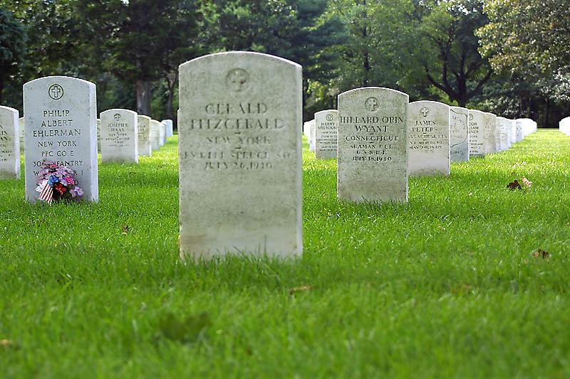 pinelawn-cemetery-02.jpg