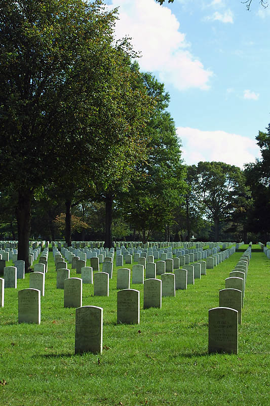 pinelawn-cemetery-05.jpg
