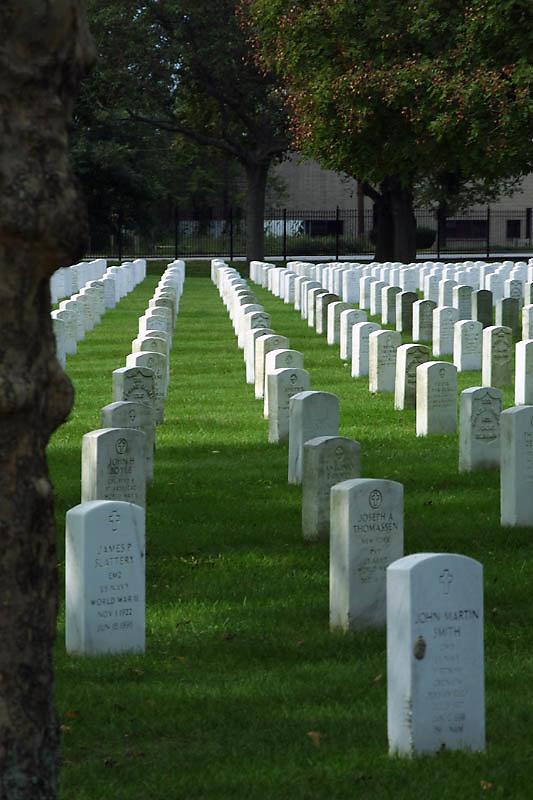 pinelawn-cemetery-06.jpg